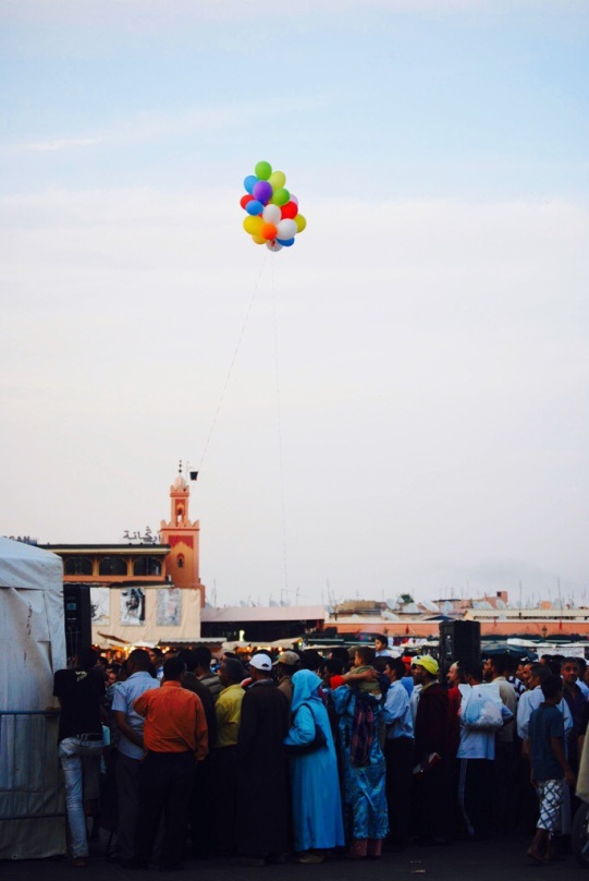 In piazza Djemaa El Fna, a Marrakech |  JustReadTheWorld©