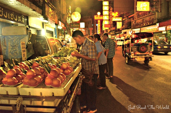 Di sera Chinatown si accende