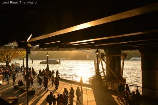La luce che trasforma la città